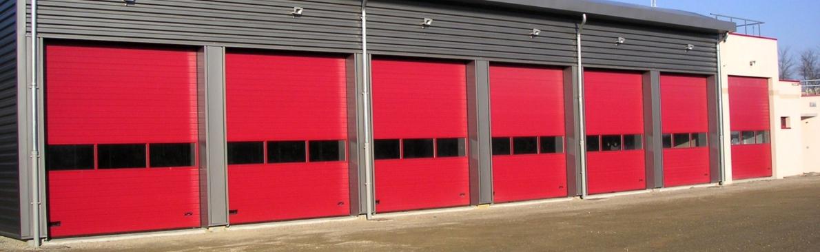 Porte de garage industrielle