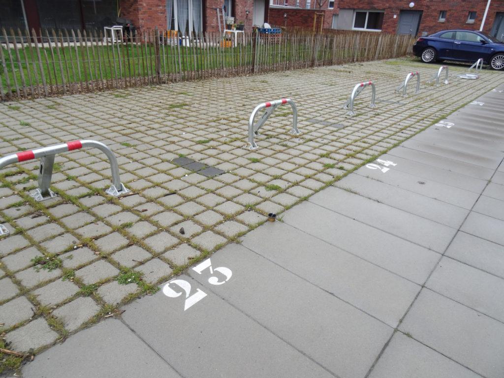 Arceau de parking sur béton ou enrobé